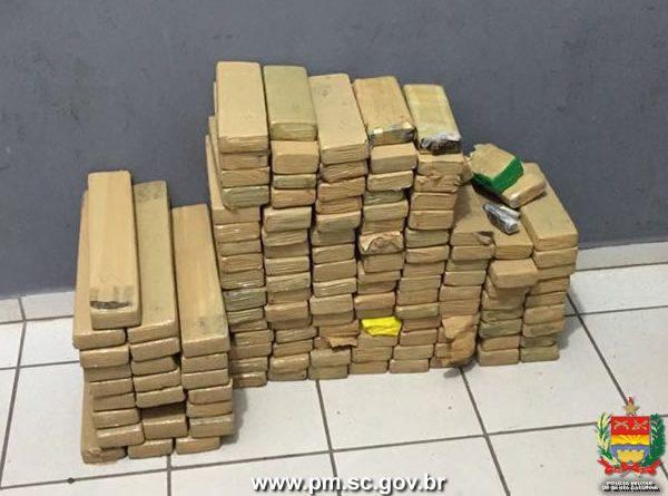 Em Joinville: mais de 100 quilos de maconha são apreendidos