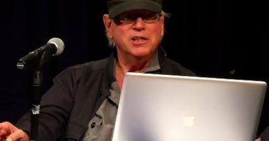 Morre Sandy Pearlman, empresário e produtor de Blue Öyster Cult e Black Sabbath