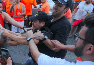 Militantes do PSB e fiscal do TRE se confrontam em carreata; vídeo